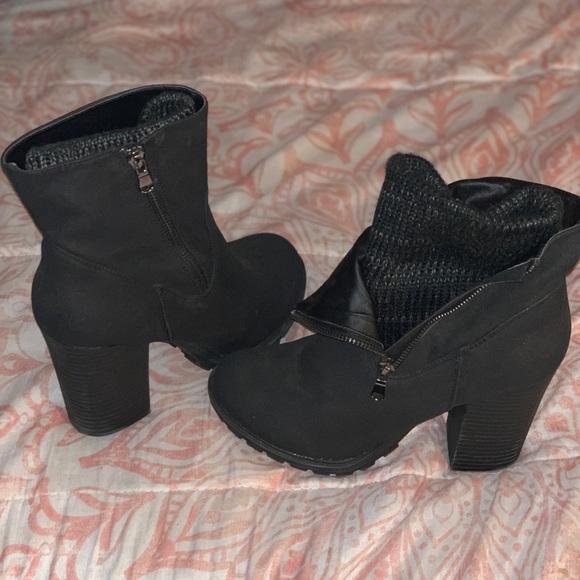 8dc2f378900bec JustFab Shoes   Black Zip Up Booties   Poshmark